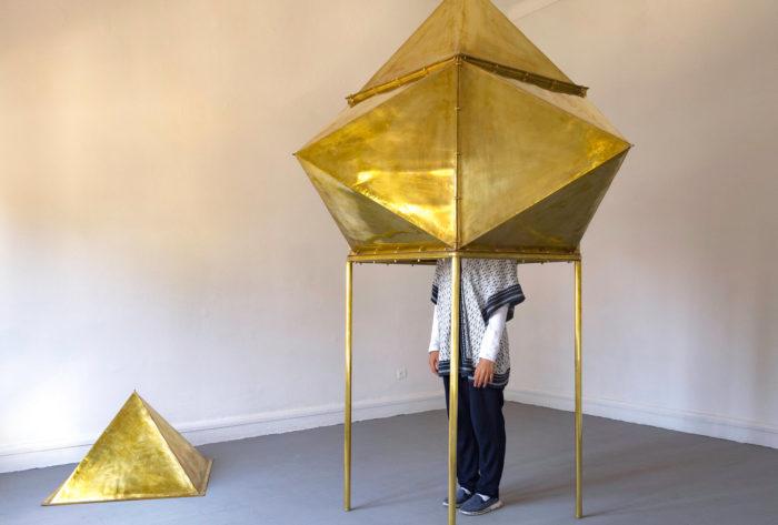 Younès Rahmoun, Markaba, pièce en étain pour s'isoler et observer le monde, arts contemporains au Maroc