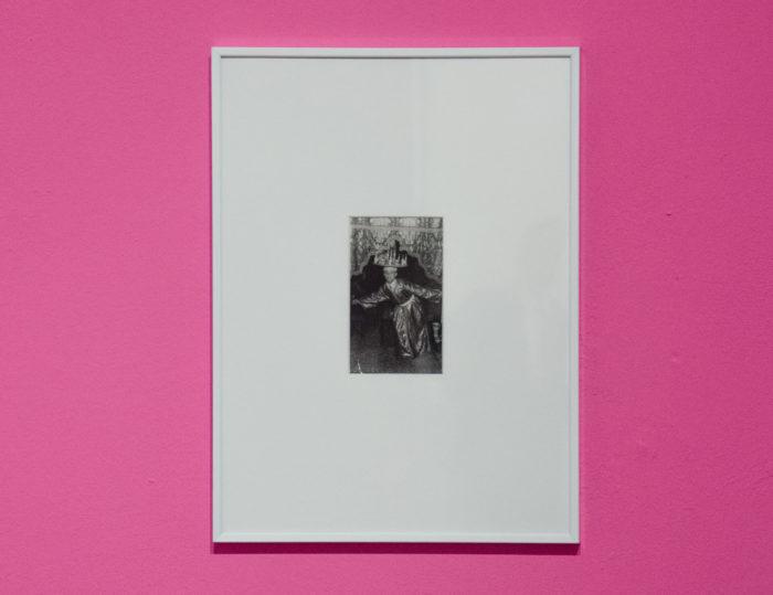 WTNOTN Karima Boudou et Soufiane Ababri vue de l'exposition au Cube, qui question l'identité africaine sous le prime de l'égypte antique, questions de genre