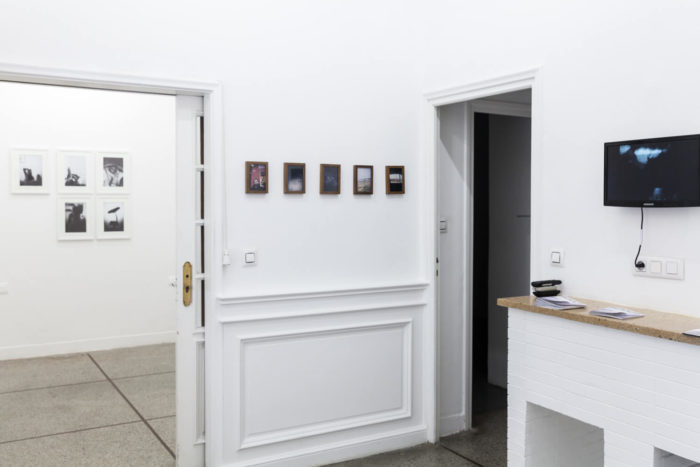 Masnaâ Saghir, exposition curatée par Jeanne Mercier, vue de l'exposition par Baptiste de Ville d'Avray, ismaël