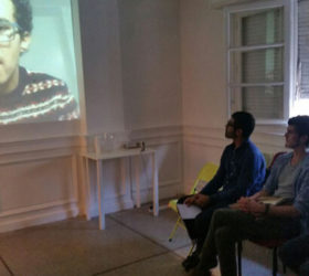 Montassir Sakhi vidéo conférence au Cube à Rabat dans le cadre du projet WTNOTF avec Karima Boudou et Soufiane Ababri