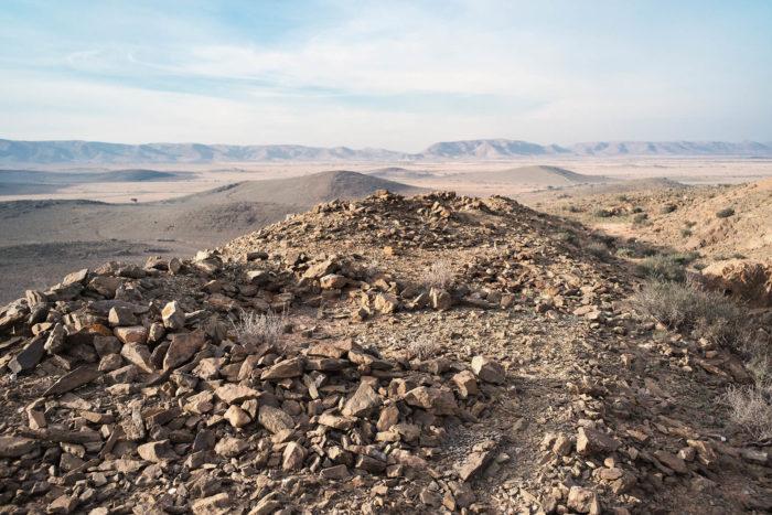 Abdessamad El Montassir, Al Amakine, une photographie des vies invisibles, photographie de paysage dans le sahara au sud du Maroc
