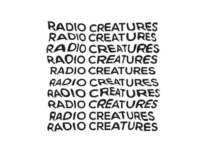 Radio creatures séance d'écoute réalisée par Anna Raimondo et Chloé Despax