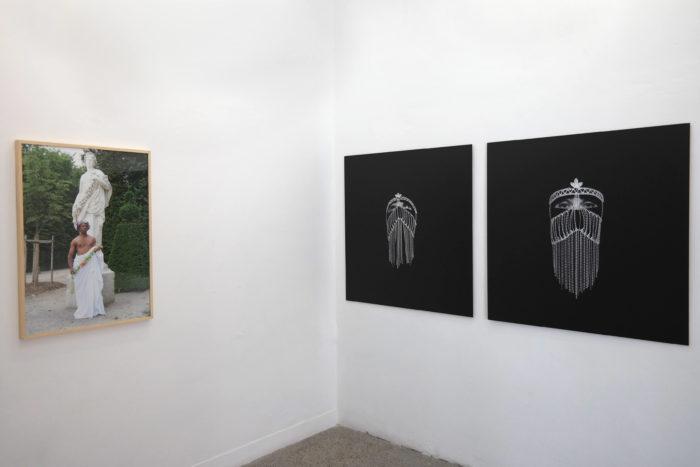 Exposition Noss Noss هويات.أدوار . أجناس / Geschlechter. Rollen. Identitäten. / Genre(s). Rôle(s). Identité(s)., photographies de Umeka Udemba et Mehdi Georges Lahlou