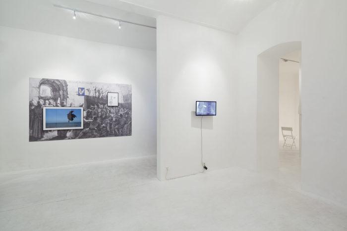 Attokoussy à Hinterland Galerie à Vienne, Autriche. Barouk par Mohammed Laouli