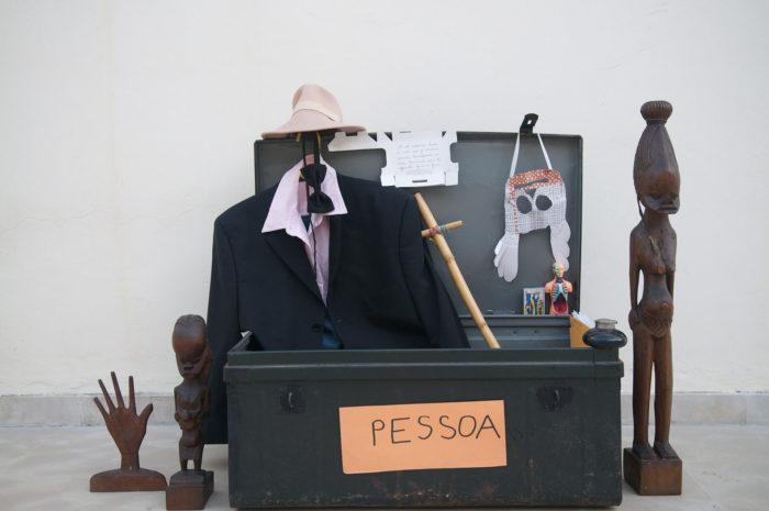 Touda Bouanani malle pessoa, installation vidéo _une personne_, 2013