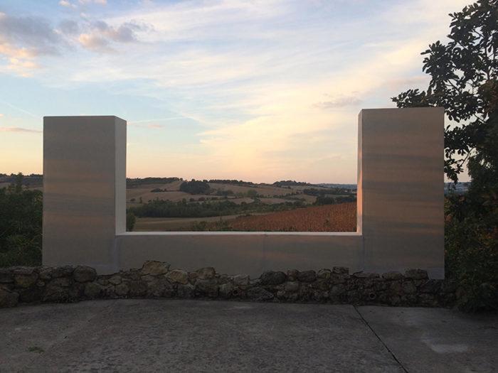 """Lucie Laflorentie, """"Veduta II"""", 2018. Plaques de placoplâtre, bois.Vue de l'exposition """"Regarder l'agreste paysage"""", AFIAC 2018. Commissariat : Patrick Tarres"""