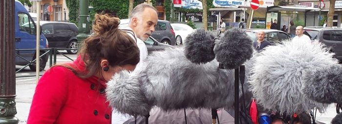 Chloé Despax recording in Brussels streets